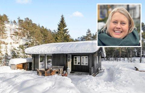 STOR ETTERSPØRSEL: Denne 61 kvadratmeter store hytta ved Rosstjønn førte til 45 interessenter, 15 visninger og sju budgivere. Nora Eikeland forteller om et spinnvilt marked.