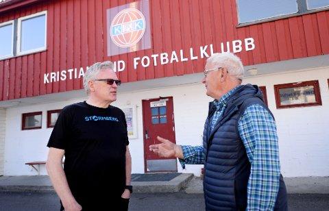 Petter Ingeberg og John Hammerås mener Georg Enge fortjener å få en egen gate oppkalt etter seg.