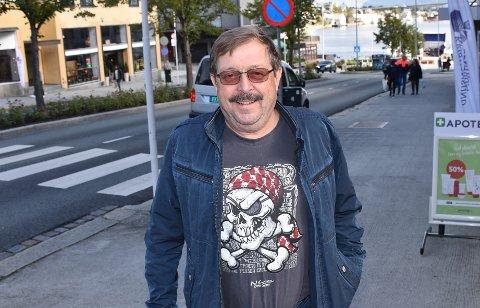 INVITERER: Bengt Eriksson ivrer for de eldres rettigheter og inviterer til paneldebatt på Barmannhaugen.