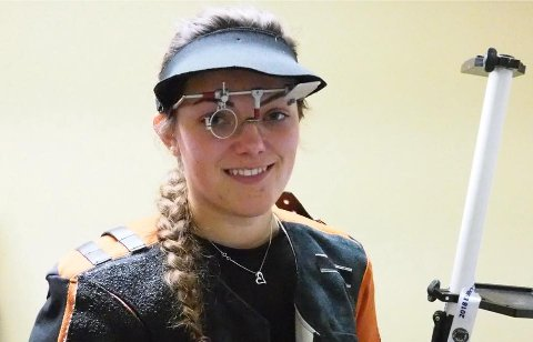 TANGERTE: Jeanette Hegg Duestad tangerte verdensrekorden i helmatch for junior.