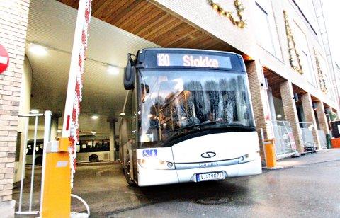 TRAVLEST: Bussterminalen i Tønsberg er Vestfolds klart travleste.