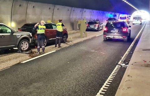 KJEDEKOLLISJON: Bilde fra stedet i Hemtunnelen der ulykken skjedde.