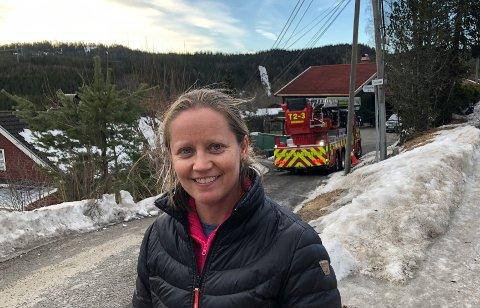 SLAPPMEDSKREKKEN:Huseier Christine Gudim Karlsen varslet brannvesenet etter unormal varmeutvikling i pipa.