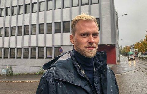 VIL BYGGE NYTT: Eiendomsinvestor Even Vilnes (34) holder til i Oslo, men er fra Åsgårdstrand. Siden han kjøpte Blåkorskvartalet i 2018, har han hatt planer om utvikling. Nå melder han seg på i kampen om tingrettsbygning.