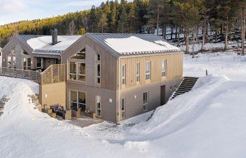 HØY PRISKLASSE: Denne boligen er igjen kommet på salgsmarkedet, prislappen er på 6 890 000 kroner.