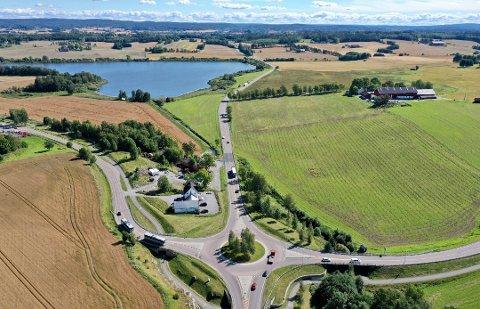 PLANLEGGER UTVIDELSE: E18 gjennom Ås kommune skal få en ny trasse og betydelig utvidelse, men finansieringen av prosjektet må på plass først.