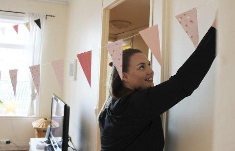 UTFLYTTER: Anne Mari Stien Grimsrud (24) har slått seg til ro i en leilighet i Bergen, etter et opphold i Kristiansand. foto: adrian broch jensen