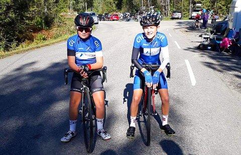 Noah Libekk Haugen (t.v.) og Erling Gryting Hafredal syklet UM-tempen i Porsgrunn.