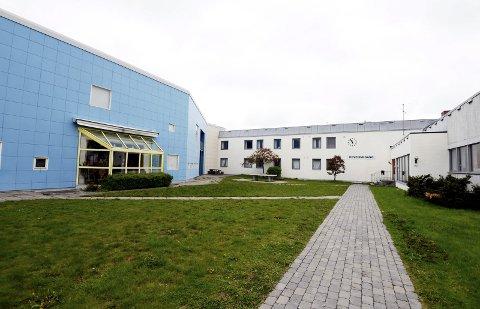 Denne uken rykket politiet ut til russefest på Risør videregående skole.