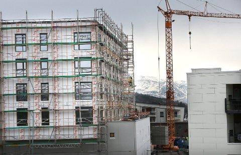 Det bygges mye i Bodø, men prisene i boligmarkedet fortsetter å stige. Foto: Per Torbjørn Jystad