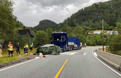 En av de to involverte i ulykken mistet livet.