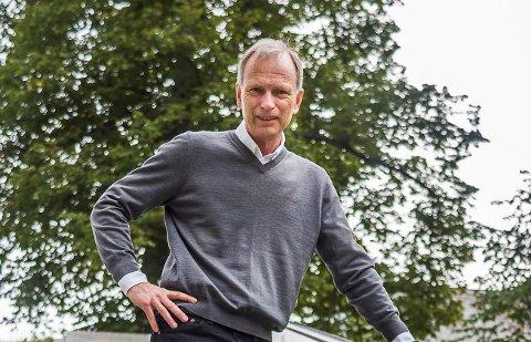 VIL SPARE: Høyres Truls Velgaard anslår at Fredrikstad kan gå mot et underskudd på minst 300 millioner i år, utfra Trondheims beregning.