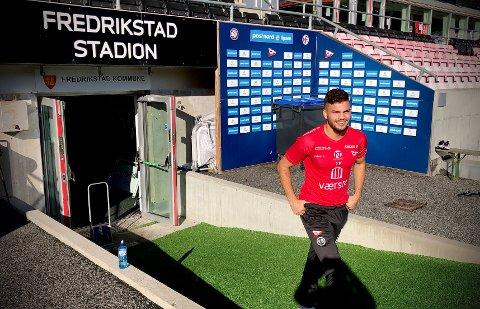 Hasan Duman forteller om en tung tid med mange skader. Nå flytter han hjem til Drammen.