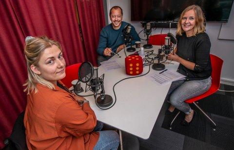 Hannah Berg er ukens gjest hos René Svendsen og Randi Kristoffersen i Fredriksstad Blads nyhetspodkast Hør her!