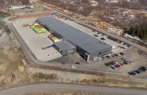I går var det offisiell åpning av Postens 6.800 kvadratmeter store terminal i Medby næringspark i Bjerkvik. Nå banker tre nye aktører på porten til næringsparken –men det er ikke plass til mer enn to av dem.