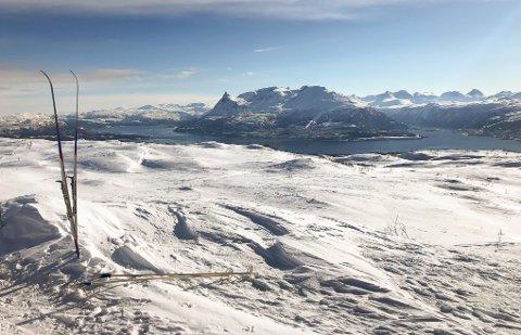 UTSIKT: Statskog deler ut en millioner kroner for å underbygge friluftsliv i norsk natur landet rundt. Bildet er fra Varden på Veggfjellet.