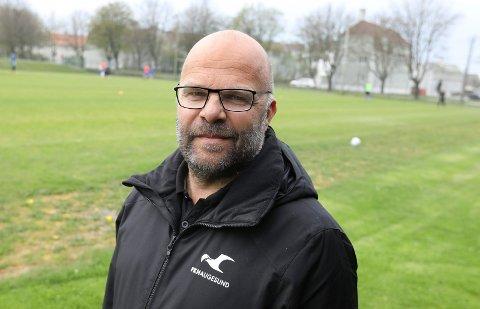 PÅ TRENERJAKT: Sportslig leder Eirik Opedal leder jobben med å hente en ny assistenttrener til FKH.