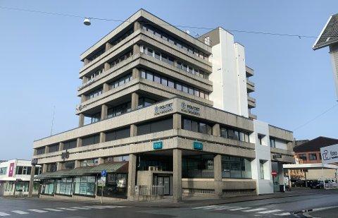 SENTRUM: Ransforsøket har skjedd ved Politiets forvaltningssenter i Haugesund sentrum, der også DNB holder til.