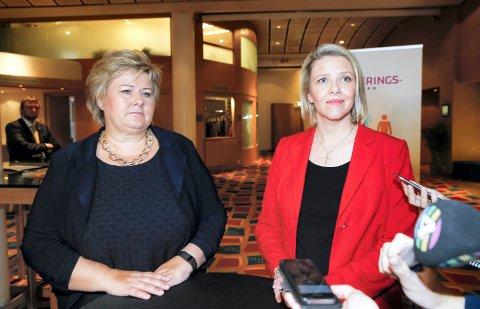 POLITISK LEDELSE: - Sylvi Listhaug er ansvarlig for klappjakten, men statsminister Erna Solberg kan gripe inn og stoppe den, påpeker skribenten.