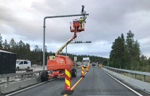 SNART START: Fra arbeid med bomstasjonen ved Svenningvatn i Svenningdal, tordsdag sist uke.