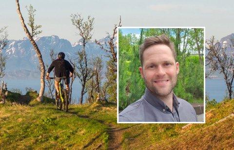 28. og 29. august skal de 100 deltakerne på Harstad Enduro Race suse ned bratte fjell og steinete stier, forteller kommunikasjonsansvarlig Marius Stamnes.