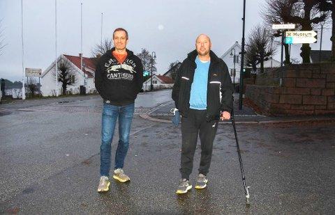 Team Pedersen: Einar Hagemann (til venstre) og Kenneth Pedersen, har satt seg som mål å gjennomføre 50 kilometer med løpevogn 10. april. Foto: Guro Haverstad Torgersen