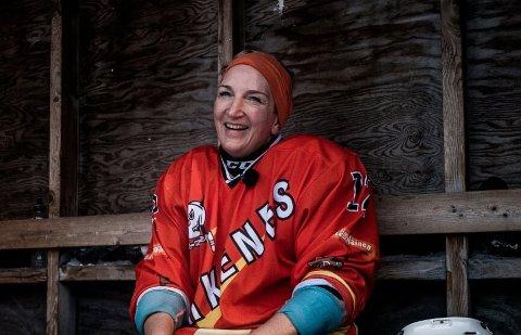 GURO: Til daglig er Guro Brandshaug leder i Kirkenes næringshage. Ishockey har vært hobbyen i store deler av livet.