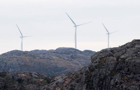 Hva mener Kongsbergs politikere om vindkraftutbygging, spør Ingunn Våer i dette leserbrevet. (Illustrasjonsbilde)