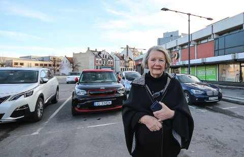 MÅ VILLE MER: Høyres Gretha Kant mener Moss kommune bør ta initiativ og sørge for at kontakten med Thon Eiendom blir gjenopprettet slik at man ikke havner i en situasjon hvor det ikke skjer noenting i dette sentrale bykvartalet rundt Amfi Moss.