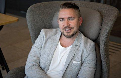 REKORDRASKT JUSSTUDIUM: Erling Løken Andersen gjorde unna jusstudiet som privatist på 2,5 år og fikk toppkarakter for masteroppgaven.