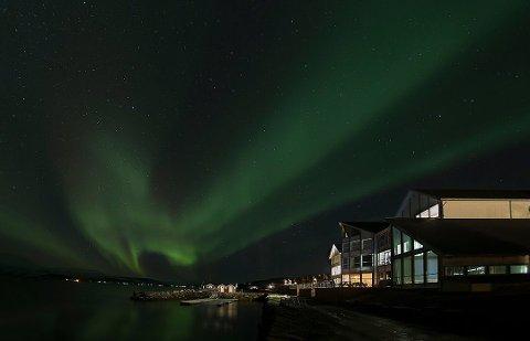 NORDLYS: Malangen Resort har suksess etter å ha snudd sesongene. Nå har stedet fått nye eiere.