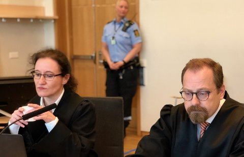 GRILLET TILTALTE: Aktoratet ved Tor Børge Nordmo og Stine Melbye Sørensen, grillet tiltalte i retten tirsdag og onsdag om økonomisk utroskap og svindel.