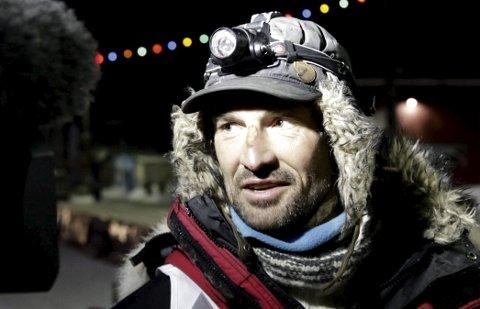 BESTE HUNDESTELL: Thomas Wærner fikk prisen for beste hundestell under Finnmarksløpet.