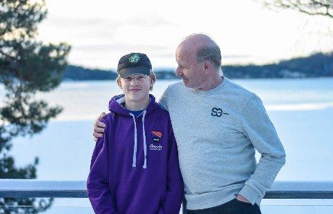DUO: Benjamin Fuglesang satser alt på en karriere innen motorsport. Da er det godt å ha en støttende pappa.