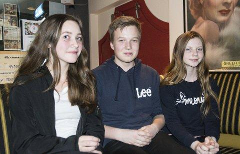 Barna: Antoinette Larsen, Ruben N. Henriksen og Pernille H. Berg spiller Shakespeares barn.