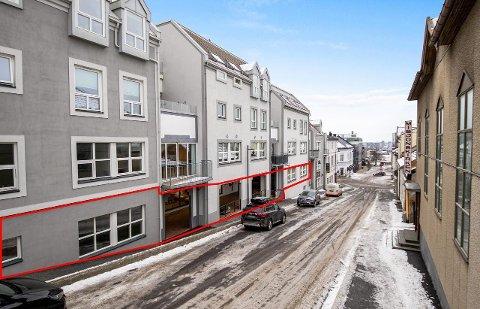 TIL SALGS: Christian Hestenes fra Oslo har lagt 800 kvadratmeter i Oskars gate ut for salg.