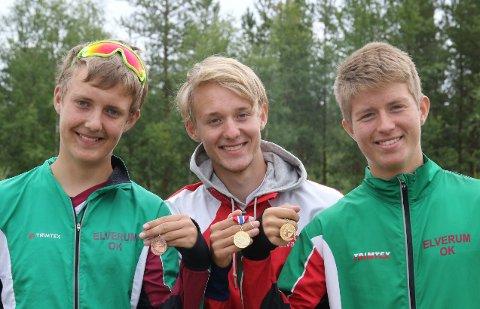 BRØDRE-SUKSESS: Gaute (til venstre), Even og Mats Lindaas tok hver sin medalje på sprint-KM.