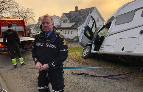 FORSIKRINGSSAK: Politiets innsatsleder, Øyvind Larsen, sier til PD at det kun vil opprettes en forsikringssak, da det ikke var noen mistanke om rus.