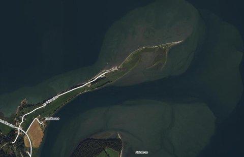Røssåauren er en perle av en badeplass i Hemnes og ligger ikke langt unna Bjerka.
