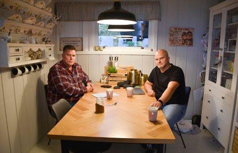 HAR SAMLET UNDERSKRIFTER: Roar Myhren (t.v.) og Tom Åge Sollid.