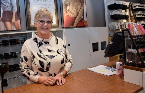 Erfaren: Eva Gjerdrum har jobbet på Lindex siden 1990. – Kassa er tilbake omtrent der den var da jeg begynte, sier hun.