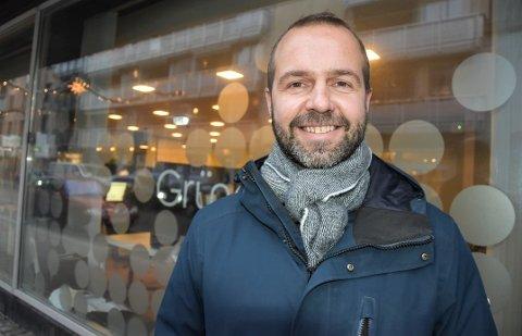 NY JOBB: Markedsansvarlig Henrik Sandvik i Sandefjord næringsforening går i sommer over i ny jobb i Jotun. Der skal han være Group Communication Manager.