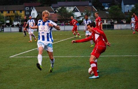 Kjell Fredrik Mangset (t.v) ble matchvinner for SFKs borte mot Sprint-Jeløy. (Foto: Kjetil A. Berg)