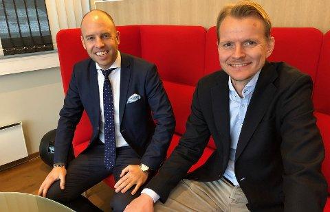 Emil Eriksrød er strålende fornøyd med ansettelsen av Eirik Engaas som ny finansdirektør. Foto: R8 Property
