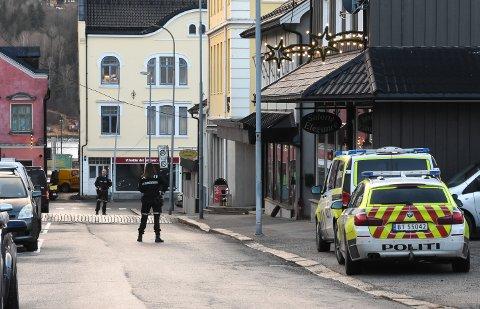 Politiet sperret av en del av Telegata i en periode.
