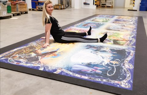 Tina Helen Holm Larsen var ikke helt forberedt på oppmerksomheten og responsen det gigantiske puslespillprosjektet hennes skulle få.