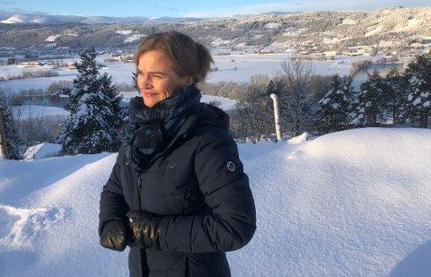 NOE BRA: Ordfører Margrethe Svinvik i Surnadal sier det er bra at kravene om minstevannføring i sideelver av Surna er innfridd i forbindelse med revisjon av konsesjonsvilkårene for Folla-Vindøla-reguleringen. Hun er ikke like fornøyd med at Statkraft får fortsette med effektkjøring av Trollheim kraftverk.