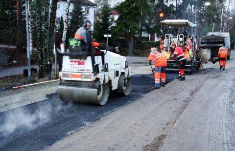 Ny asfalt: Oversikten viser at hele strekningen mellom Måna og ned mot Drøbak sentrum kan vente seg ny asfalt i 2019.