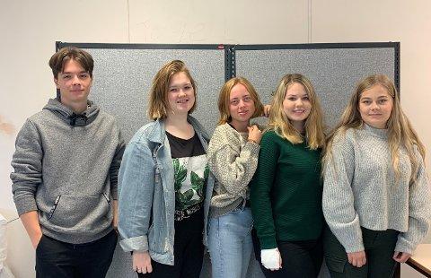 Denne gjengen sto bak filmen: Fra venstre til høyre, Jakub Spadlo, Elisabeth Skjeie, Marie Westby, Julia Fjærbu, Malin Tjelmeland.