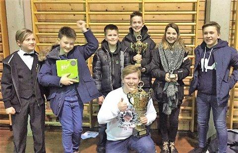 URFRAMFØRING: Den internasjonalt svært så anerkjende brassband-komponisten Peter Graham har spesialskrive eit stykke for Skodvin skulemusikk, som korpset framfører i Hundvin kyrkje tysdag kl. 18.00.